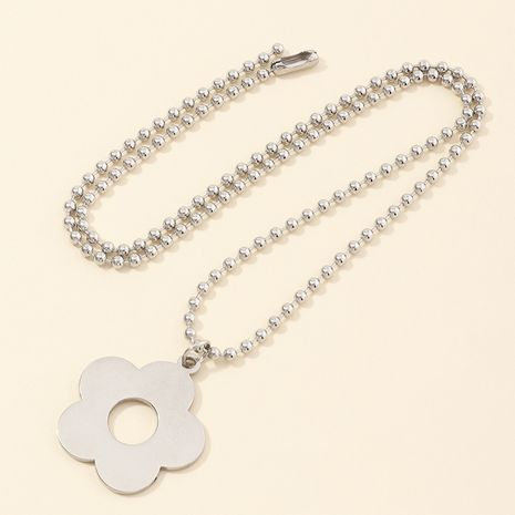 jewelry small flower necklace soil cool hip-hop flower pendant bead chain clavicle chain wholesale nihaojewelry NHNZ236483's discount tags