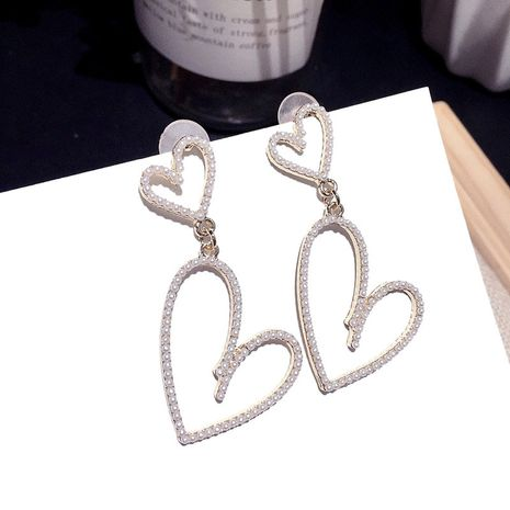 Korean fashion pearl earrings women wild style double love silver needle earrings golden  wholesale nihaojewelry NHFT236560's discount tags