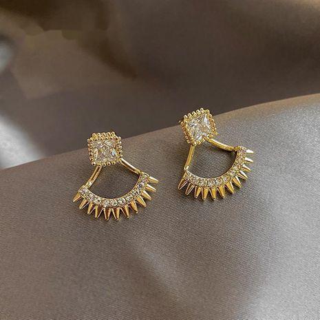 Boucles d'oreilles en zircon creuses en forme d'éventail à la mode 925 boucles d'oreilles fées nihaojewelry en gros NHXI236859's discount tags