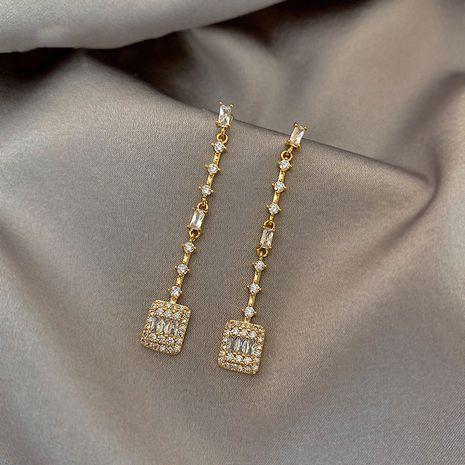 Mode 925 argent aiguille taran flash diamant zircon simples longues boucles d'oreilles nihaojewelry en gros NHXI236866's discount tags