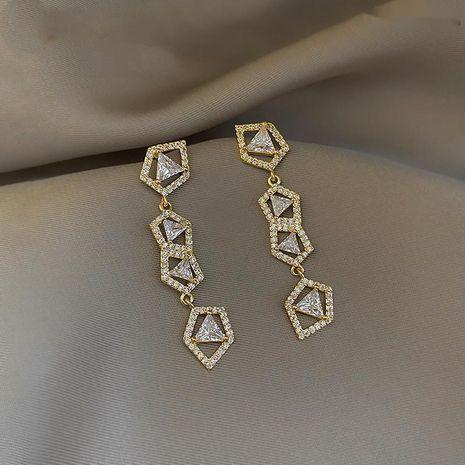 Mode 925 argent aiguille irrégulière diamant clignotant zircon nouvelles boucles d'oreilles à la mode pour femmes coréennes NHXI236867's discount tags