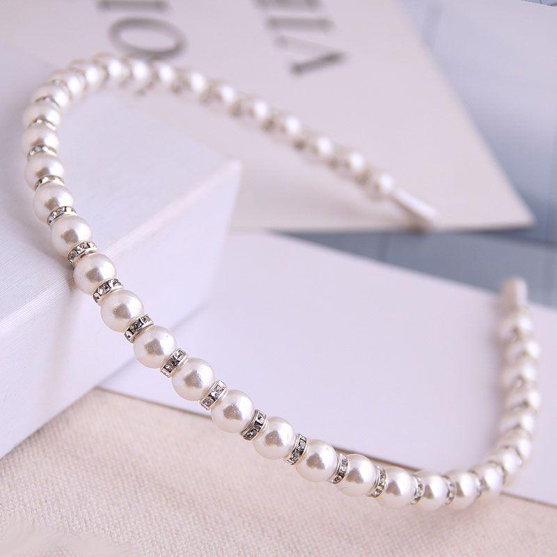 Korean fashion wild simple headband for ladies wild flashing diamond pearl hair accessory alloy headband for women  NHSC237357