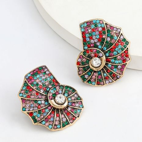 Série de couleur de mode en alliage créatif en alliage de diamants cloutés en strass coquille conque boucles d'oreilles à la mode en gros nihaojewelry NHJE237197's discount tags