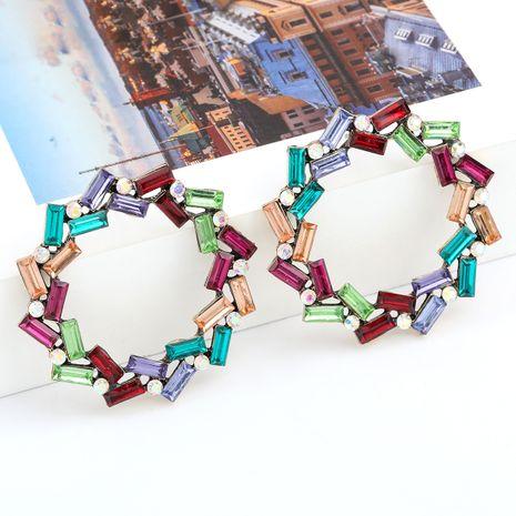 Boucles d'oreilles exagérées géométriques en alliage rond en alliage rond avec strass ornées de diamants nihaojewelry NHJE237199's discount tags