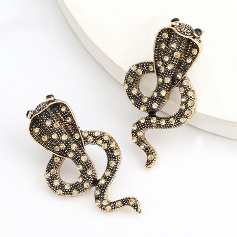creative alloy diamond rhinestone cobra earrings alternative earrings wholesale nihaojewelry NHJE237201's discount tags