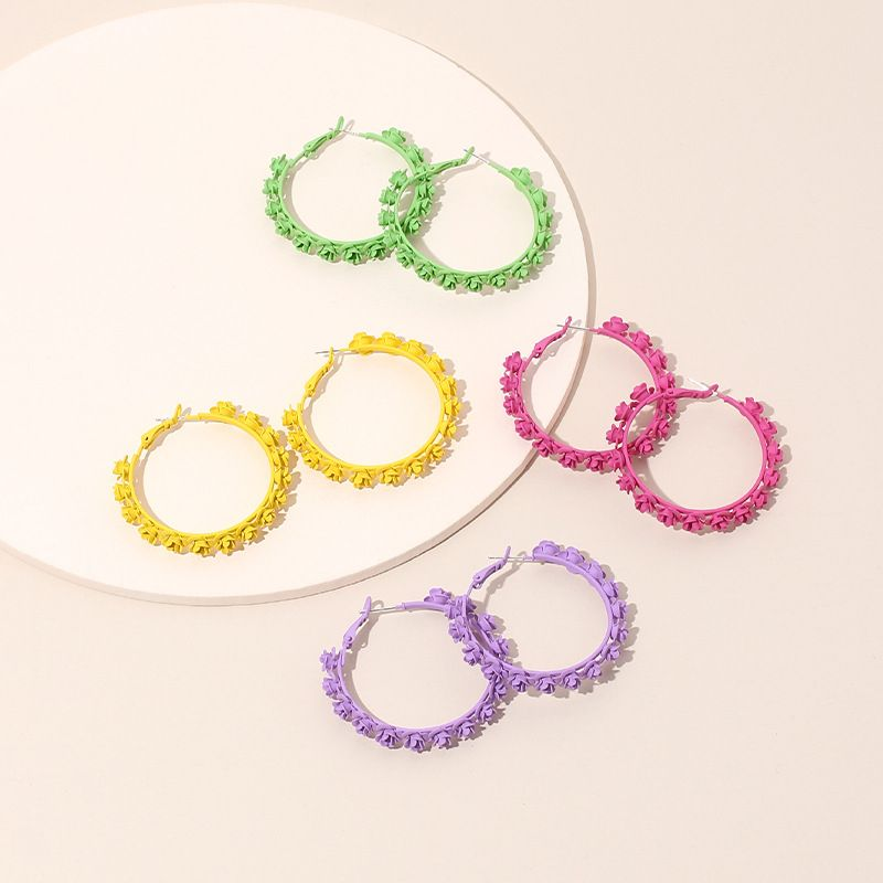Fashion simple geometric circle flower earrings for women Korea hot sale wreath earrings wholesale nihaojewelry NHRN237218