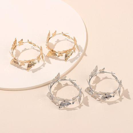 Boucles d'oreilles papillon mode Boucles d'oreilles rondes dorées Boucles d'oreilles simples de style rétro pour femmes Nihaojewelry NHRN237244's discount tags