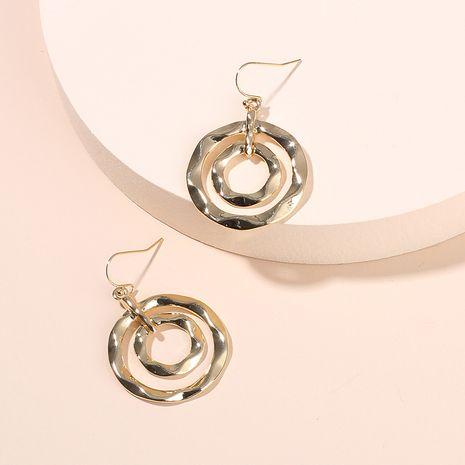 Boucles d'oreilles de mode boucles d'oreilles de cercle géométrique de style chaud pour les femmes accessoires d'oreille d'alliage de mode de rue nihaojewelry NHRN237275's discount tags