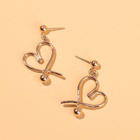 Boucles d'oreilles en alliage de bijoux de mode Boucles d'oreilles géométriques simples en forme de coeur pour femmes en gros nihaojewelry NHRN237283's discount tags