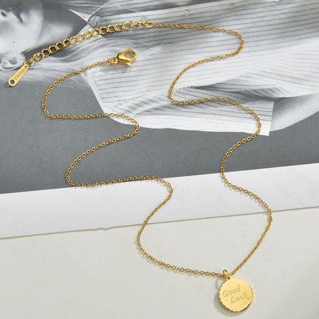 Collier de couverture de bière de mode pour les femmes tendance mode coréenne pendentif anglais collier de clavicule nihaojewelry NHHF237011's discount tags
