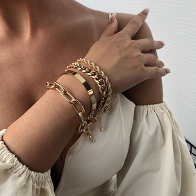 Fashion new women's bracelet alloy thick bracelet fashion gold bracelet nihaojewelry NHMD238182