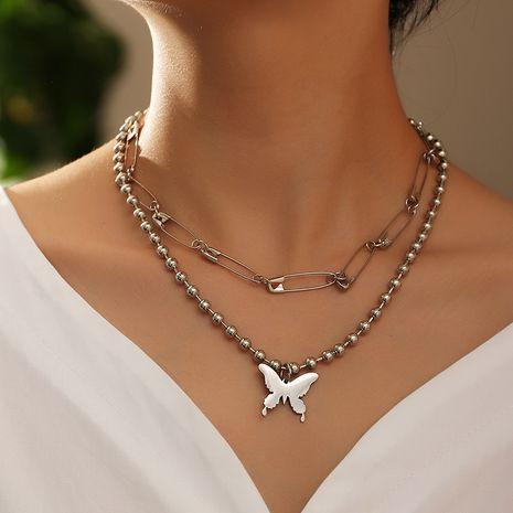 bijoux de mode exagéré punk pendentif en métal rétro broche créative papillon pendentif collier en gros nihaojewelry NHNZ238204's discount tags