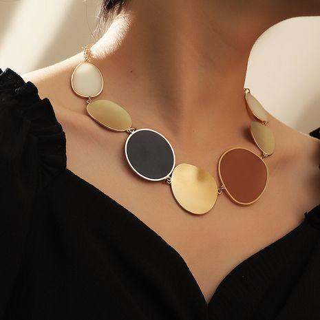 bijoux mode lentille irrégulière collier collier tour de cou géométrique exagéré en gros nihaojewelry NHNZ238213's discount tags