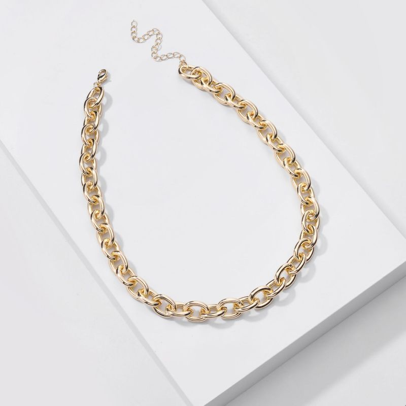 Fashion new jewelry handmade golden chain simple chain women's necklaces all-match simple necklaces nihaojewelry NHLU238309