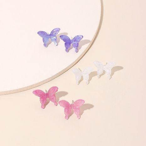 Moda nueva mariposa tridimensional Corea moda moda pendientes de resina salvaje al por mayor nihaojewelry NHRN238323's discount tags