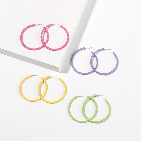 Pendientes de círculo grande geométrico simple de moda color caramelo niñas pendientes de aleación redonda nihaojewelry NHRN238348's discount tags