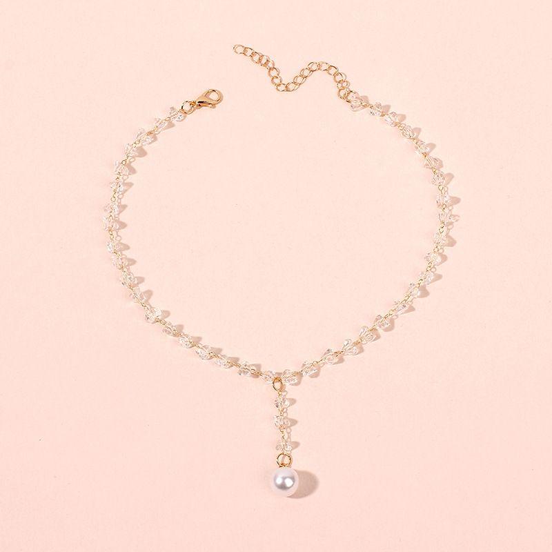 Korean short ladies crystal necklace clavicle chain neck choker tassel pearl pendant wholesale nihaojewelry NHRN238352