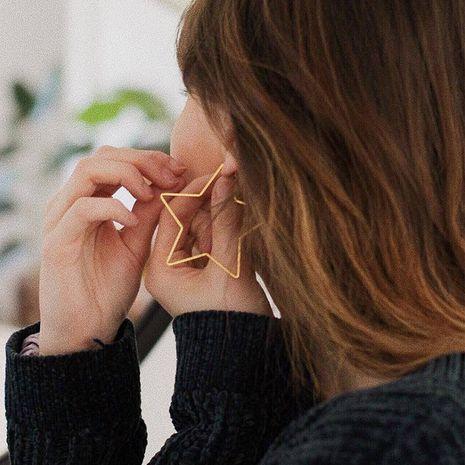 Mode vente chaude boucles d'oreilles minimalistes géométriques étoiles à cinq branches pour les femmes en gros nihaojewelry NHOA238489's discount tags
