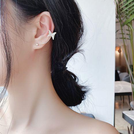 Boucles d'oreilles asymétriques à la mode asymétriques en forme de papillon en zircon micro-incrusté coréen en argent 925 pour les femmes NHMS238674's discount tags