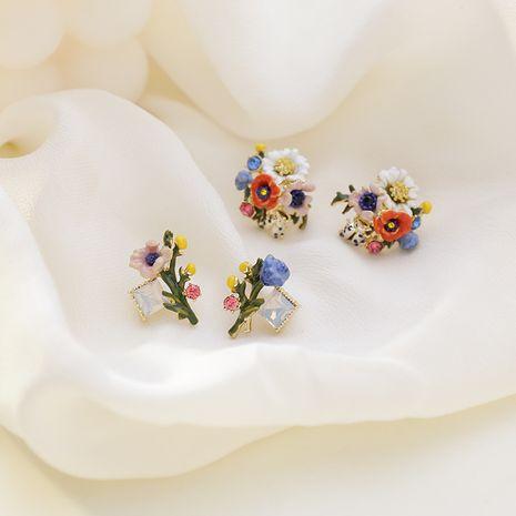 Enamel glaze flower 925 silver needle fashion flower dripping crystal asymmetric daisy earrings for women nihaojewelry NHMS238694's discount tags