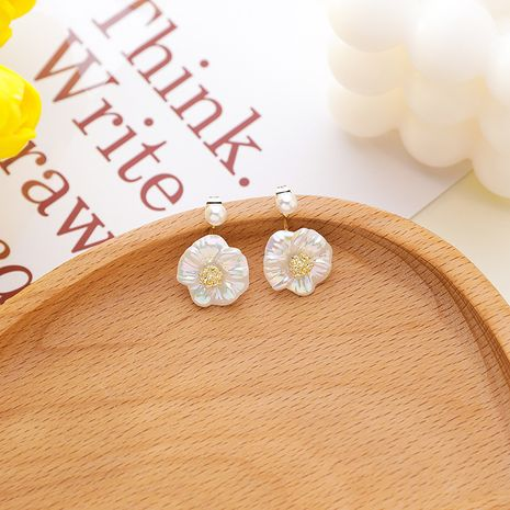 Fashion 925 silver needle white shell flower a pair of pearls hanging earrings nihaojewelry NHMS238718's discount tags