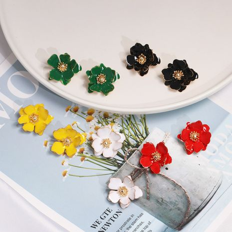 Hot selling simple small drop oil petals pearl flower earrings for women nihaojewelry NHJJ238845's discount tags