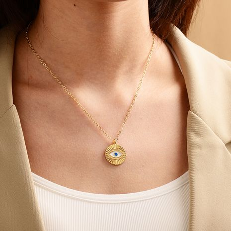 new fashion gold-plated devil's eye necklace ladies street punk style necklace wholesale nihaojewelry NHOT239194's discount tags