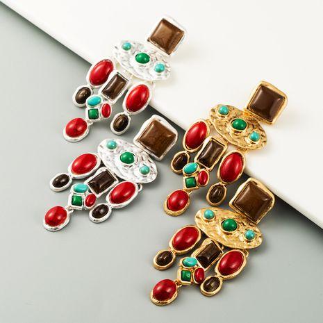 Boucles d'oreilles en pierres précieuses artificielles baroques boucles d'oreilles en alliage rétro en forme de goutte en gros nihaojewelry NHLN231487's discount tags