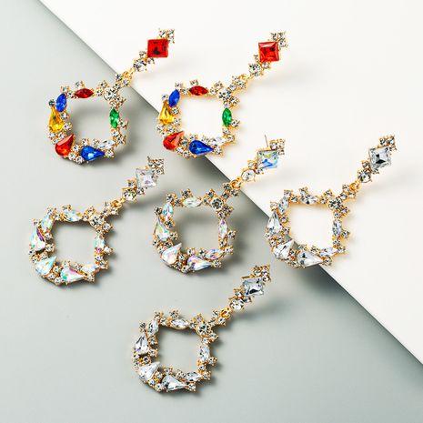 mode chaude créative longues boucles d'oreilles en alliage incrusté de strass couleur plein diamant boucles d'oreilles exagérées en gros nihaojewelry NHLN231491's discount tags