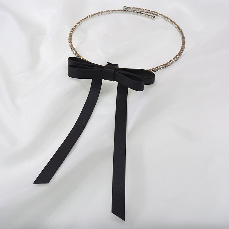 Korean flash diamond choker collar flannel threedimensional bow necklace collar simple necklace wholesale nihaojewelry NHNT239331