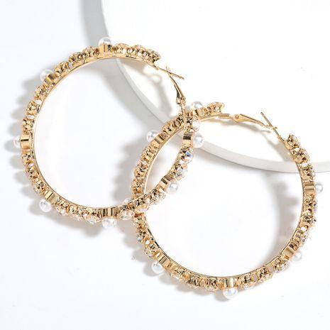 mode exagérée all-match alliage boucle d'oreille perle sertie de diamants boucles d'oreilles rétro en gros nihaojewelry NHJE239472's discount tags