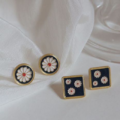 S925 silver needle Korea fashion retro  geometric square flower daisy earrings wholesale nihaojewelry NHPF239564's discount tags
