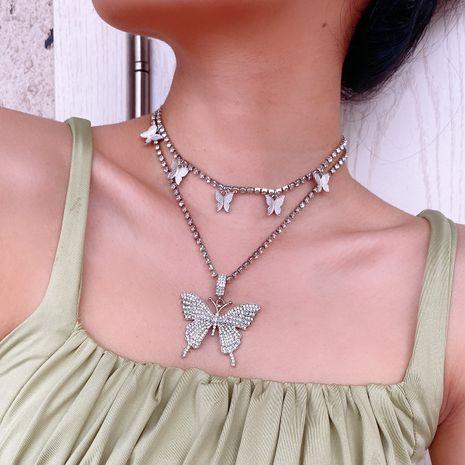 mode créatif nouveau verre strass multicouche collier simple papillon collier en gros nihaojewelry NHXR239601's discount tags