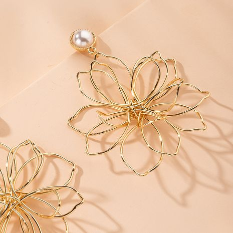 Korea creative design earrings artificial pearls exaggerated flower earrings wholesale nihaojewelry NHAI239657's discount tags