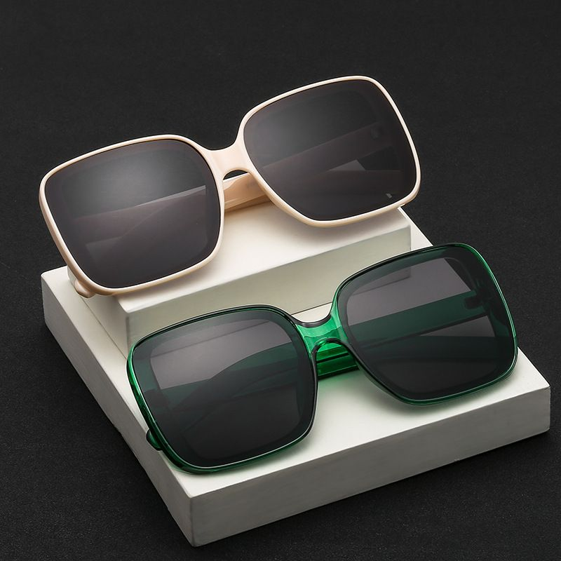 Fashion square new retro women's big frame plain metal hinge sunglasses wholesale NHBA239757