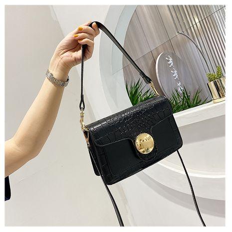 Femmes petit sac nouvelle vague mode étranger vente chaude sauvage bandoulière sac épaule petit sac carré nihaojewelry gros NHTC231523's discount tags