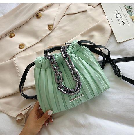 nouveau sac de messager de chaîne de mode sac de nuage de pli sauvage nihaojewelry en gros NHTC231706's discount tags
