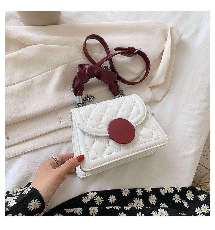 Crossbody bag female bag  new trendy  fashion diamond chain shoulder bag wild small square bag  wholesale NHTC231744