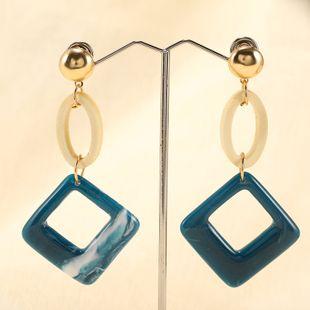 Nuevos pendientes retro de Corea geometría cuadrada acetato tendencia de moda pendientes simples simples al por mayor nihaojewelry NHPF231836's discount tags