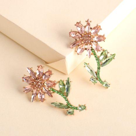 boucles d'oreilles mode modèles créatifs alliage diamant fleur boucles d'oreilles en gros nihaojewelry NHJJ231863's discount tags