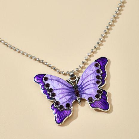 Nueva aleación de moda diamante púrpura pequeña mariposa colgante collar de una sola capa al por mayor nihaojewelry NHGY231963's discount tags