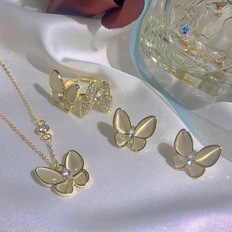 New Fashion Butterfly Crystal Necklace Lady Street Shoot Fashion Butterfly Necklace Earring wholesale nihaojewelry NHOT232125