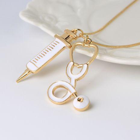 Nouveau matériel médical collier périphérie médecin seringue stéthoscope collier en gros nihaojewelry NHCU232174's discount tags