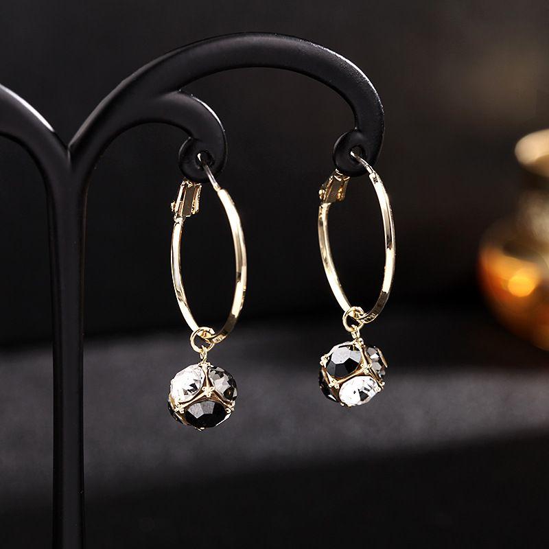 Boucles d39oreilles corennes cercle gomtrique boucles d39oreilles simple diamant 925 aiguille en argent boucles d39oreilles quotidiennes en gros nihaojewelry NHDO232343