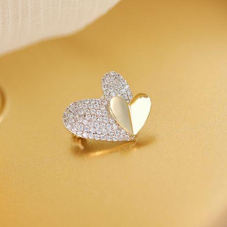 Nueva venta caliente lindo platino amor corazón antideslumbrante collar pin broche personalizado al por mayor nihaojewelry NHDO232362's discount tags