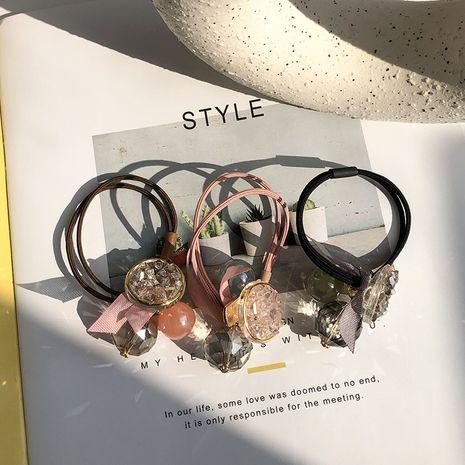 Coréen cheveux nouveau haut de gamme cristal tête corde acrylique cheveux corde chapeaux en caoutchouc pas cher chouchous en gros nihaojewelry NHWF232396's discount tags