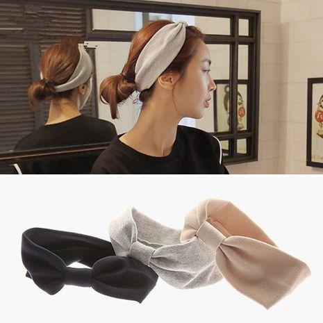 Corée haut de gamme nouveau couvre-chef en gros couleur unie arc mode bandeau féminin à la mode nihaojewelry gros NHSA232903's discount tags