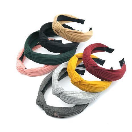 Diadema de punto de ala ancha de color sólido coreano para mujer banda para el cabello simple horquilla nudo horquilla accesorios para el cabello NHSA232906's discount tags