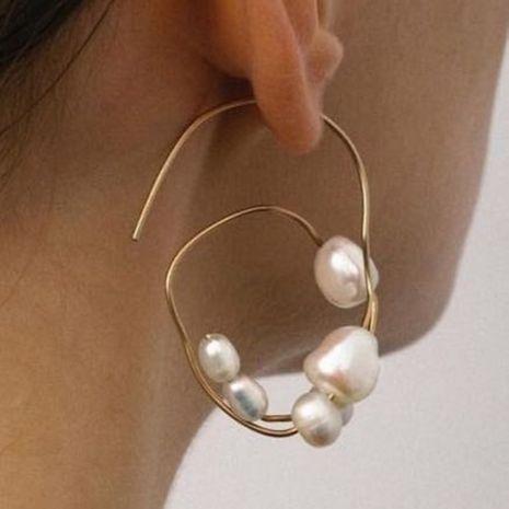 Nuevos pendientes de perlas pendientes de círculo geométrico simple pendientes de perlas de las mujeres coreanas al por mayor NHMD232983's discount tags