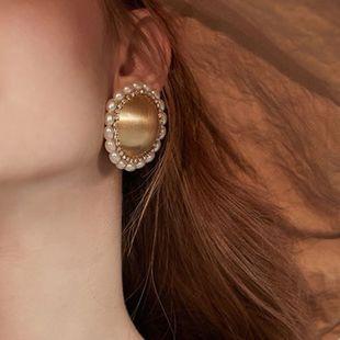 retro pearl earrings simple temperament metal lace baroque earrings Korean ear clip women NHMD232987's discount tags